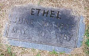 Grave of Dora Ethel (Hullet) Robinson - wife of Clifton Floyd Robinson