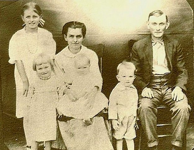 Sarah (Proctor) Mitchell and family