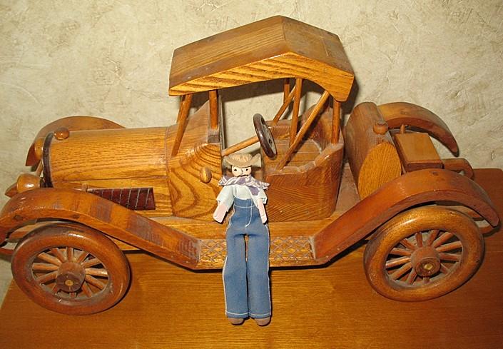 1915 Antique Car