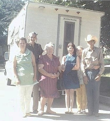 June 1973 - Venetia, Earl, Annie, Marian, Emily and Bill Jobe