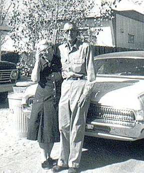 Nov 1970 - Bill and Emily Jobe