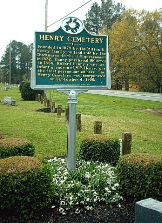 Henry Cemetery Sign