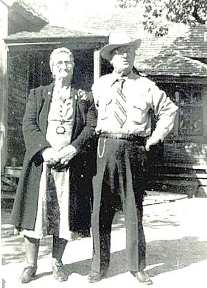 1948 - Grandma Minnie with Great Uncle John Jobe