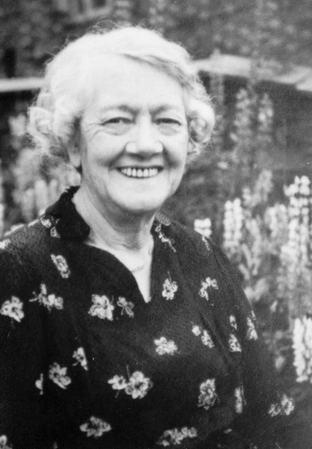 Picture of Annie Heaton nee Drew