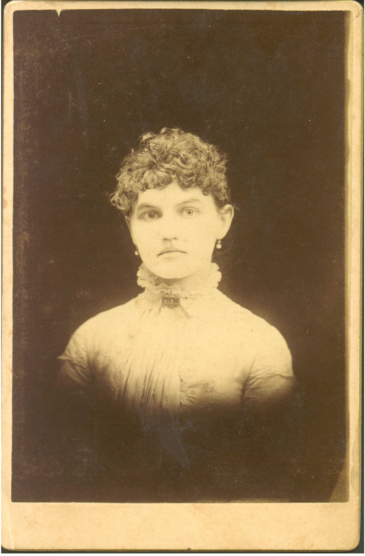 (view photo Samuel Creamer) Samuel S. Creamer, probably near wedding time  (view photo Creamer family) Frances C. Parr Creamer is the oldest woman in  photo