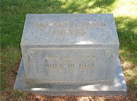 [ Grave of Alfred Lyman Hanks ]