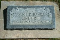 [ Grave of Alice Dawn Hanks ]