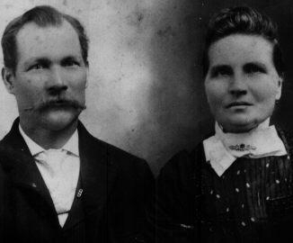 Ola and Catherina Dorothea Elisabeth Schultz Lindgren