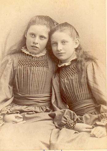 Girls 1890