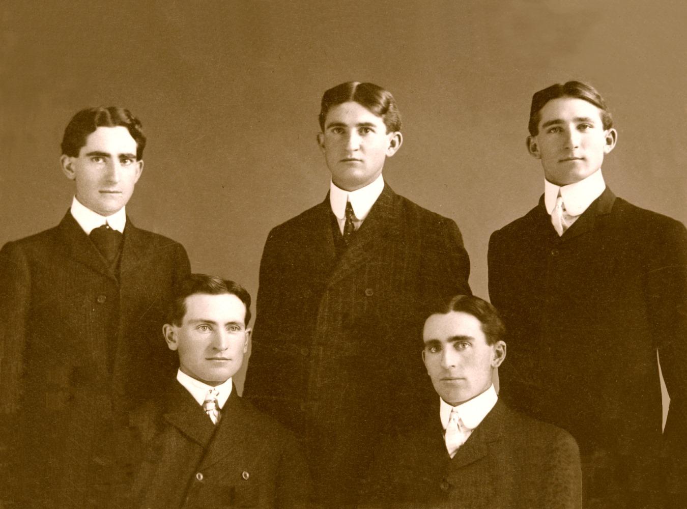 Beaulieu Brothers in 1902. Back: Leo, Pius, Eugene. Front: Louis, Thomas.
