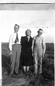 Uncle Glenn, Grandma Floy, and Grandpa Willis