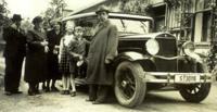 1937 Klimesch Family in Šternberk: Josef, Anna(Kutera), Elisabeth(Klimesch) Haas, Anna(Klimesch) Zidek, Heidi, Arthur, Johann + 1937 Essex Supersix