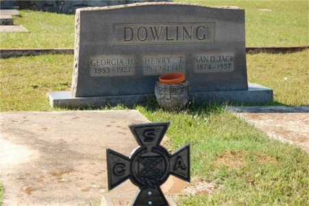 Georgia (Hayes) & Henry Dowling & Nan (Dowling) Jack tombstone