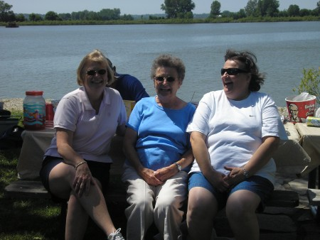 Sandy, Aunt Rosie and Patty