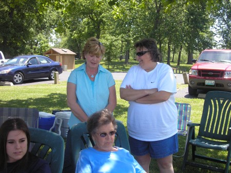 Oma, Patty, Megan and Aunt Rosie