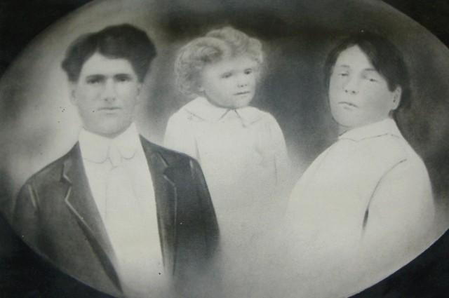 http://freepages.genealogy.rootsweb.ancestry.com/~meilleuro/01212-06.jpg